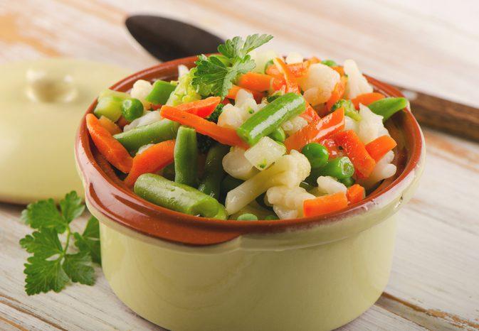 cucinare con la vaporiera a microonde verdure